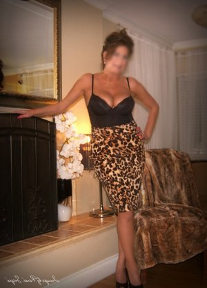 Marie-jennifer escort girl