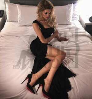Lou-elise escort girls in California City